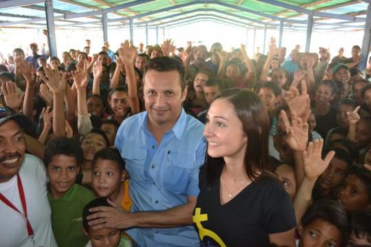 Muestras de confianzas y amor recibió José Vásquez al llegar a Espino.