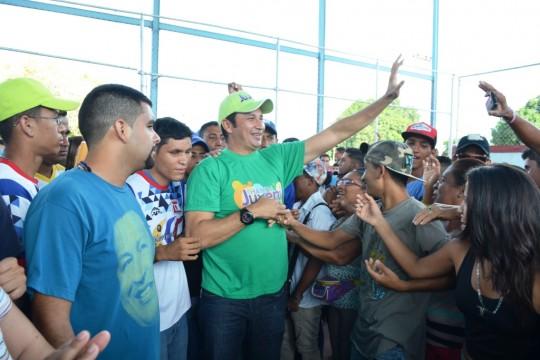 En Las Garcitas, populosa comunidad de Valle de la Pascua, los jóvenes compartieron una tarde de intercambio con el candidato, José Vásquez