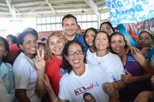 Foto 2 Mujeres guariqueñas con alegría demostraron su  apoyo rotundo al candidato de la Patria José Vásquez