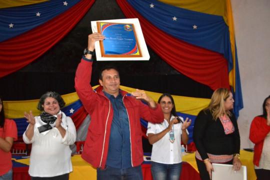 Foto 2 Vásquez aseguró  que los egresados de estas misiones forma parte de un gran logro en pro del crecimiento y desarrollo d
