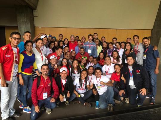 01 Experiencia y juventud en la plenaria del partido de la tolda roja