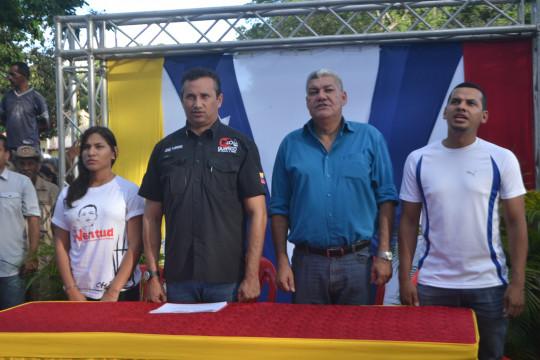 4 Vamos a la victoria por Chàvez, por el presidente Maduro y por Venezuela